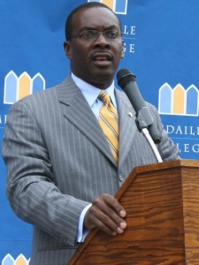 Buffalo Mayor Byron Brown. Photo by Medaille College (www.medaille.edu). c/o Kara Kane (CC BY 2.0)